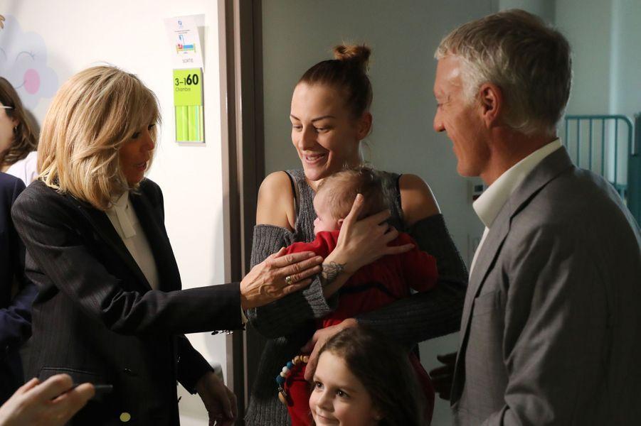 Mercrediau Centre Hospitalier régional d'Orléans,Brigitte Macron et Didier Deschamps ont lancé l'opération Pièces Jaunes 2020.