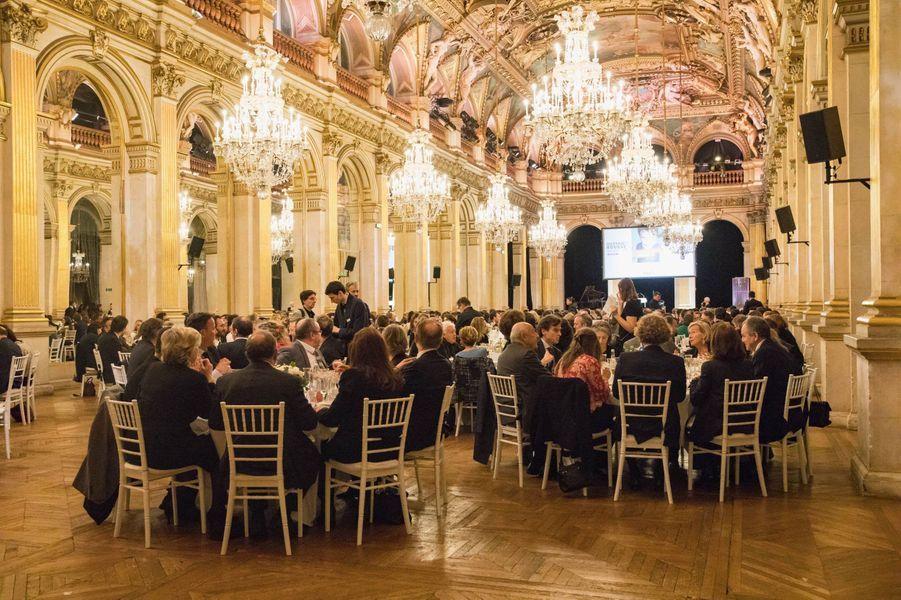 Dîner de gala de la campagne «Guérir le cancer de l'enfant au XXIe siècle», organisé à l'Hôtel de ville de Paris.