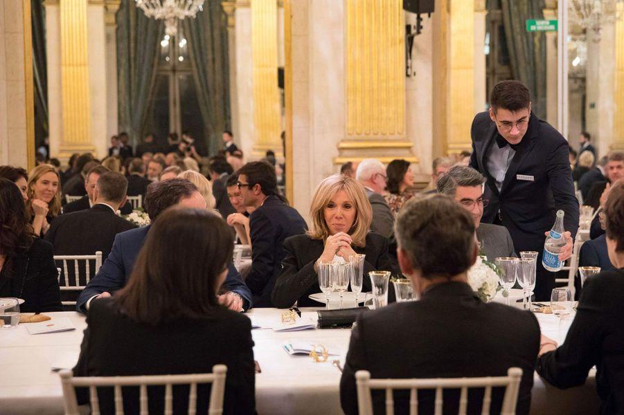Brigitte Macron lors du dîner de gala de la campagne «Guérir le cancer de l'enfant au XXIe siècle».