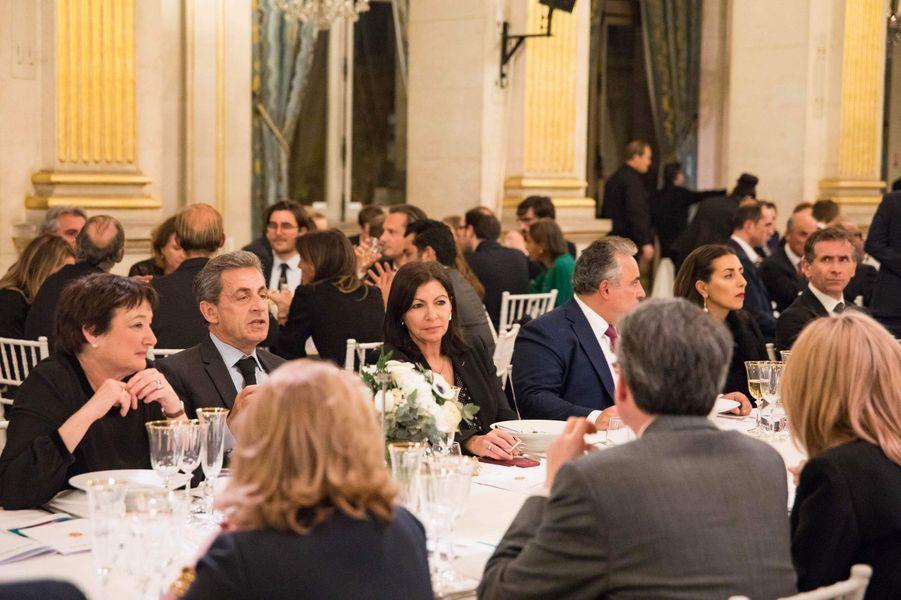 Nicolas Sarkozy et Anne Hidalgo lors du dîner de gala de la campagne «Guérir le cancer de l'enfant au XXIe siècle».