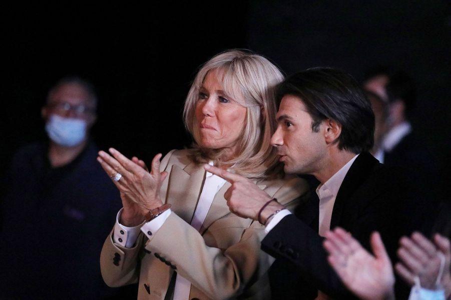 Brigitte Macron, ici avec Gautier Capuçon, a assisté àl'enregistrement de «Symphonie pour la vie».