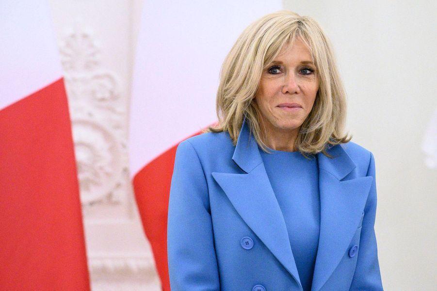 Brigitte Macron,au palais présidentiel de Vilnius, lundi.