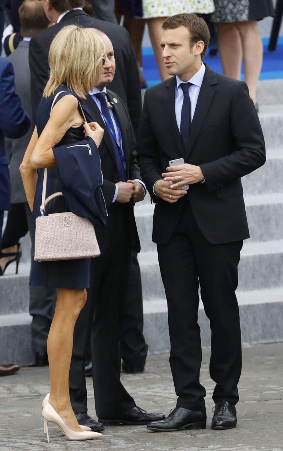 Brigitte et Emmanuel Macron place de la Concorde le 14 juillet