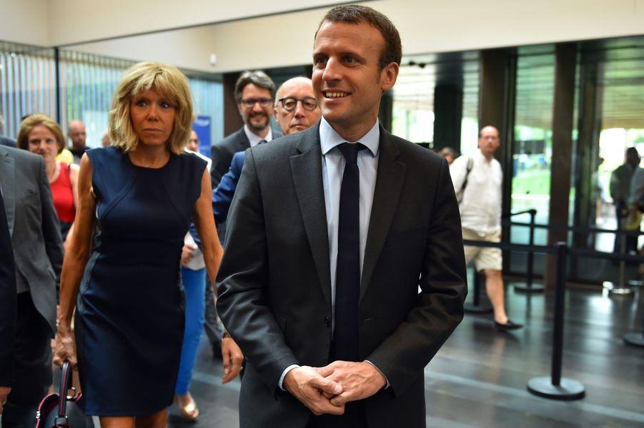 Emmanuel et Brigitte Macron à Rodez, au musée Soulages, le 4 août