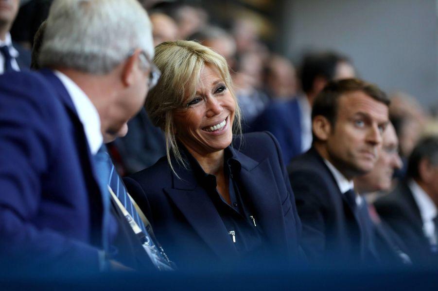 Le couple présidentiel lors de la finale du Top 14, au stade de France en juin.