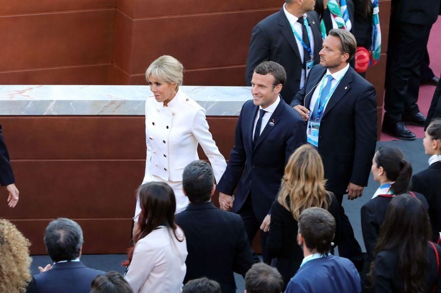 Emmanuel et Brigitte Macron assistent à un concert au théâtre grec de Taormine dans le cadre du G7 en Sicile le 26 mai 2017.