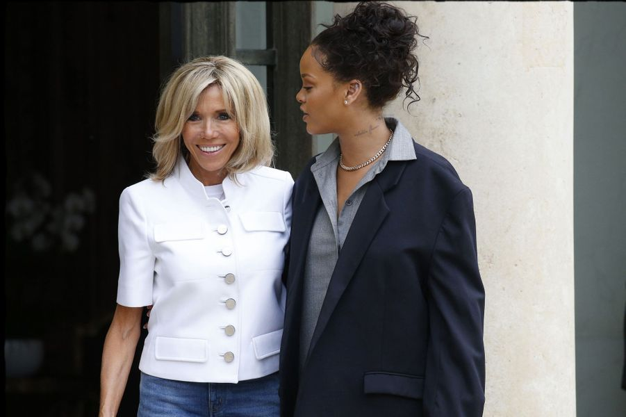 Le 26 juillet, c'est au tour dela chanteuse Rihanna d'être reçue à l'Elysée.