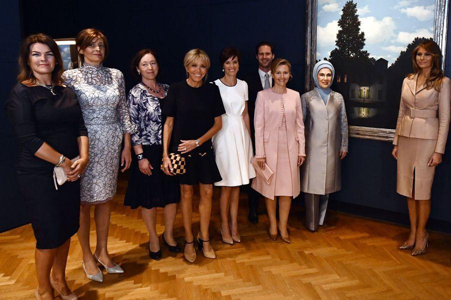 Visite du musée Magritte, en mai 2017, enmarge du sommet de l'Otan à Bruxelles.