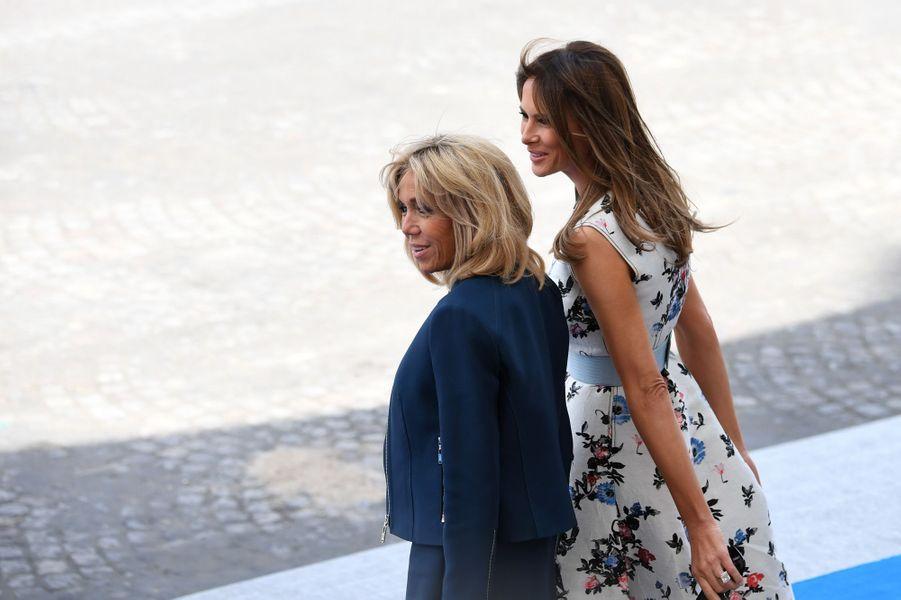 Brigitte Macron et Melania Trump à Paris pour le défilé du 14 Juillet 2017.