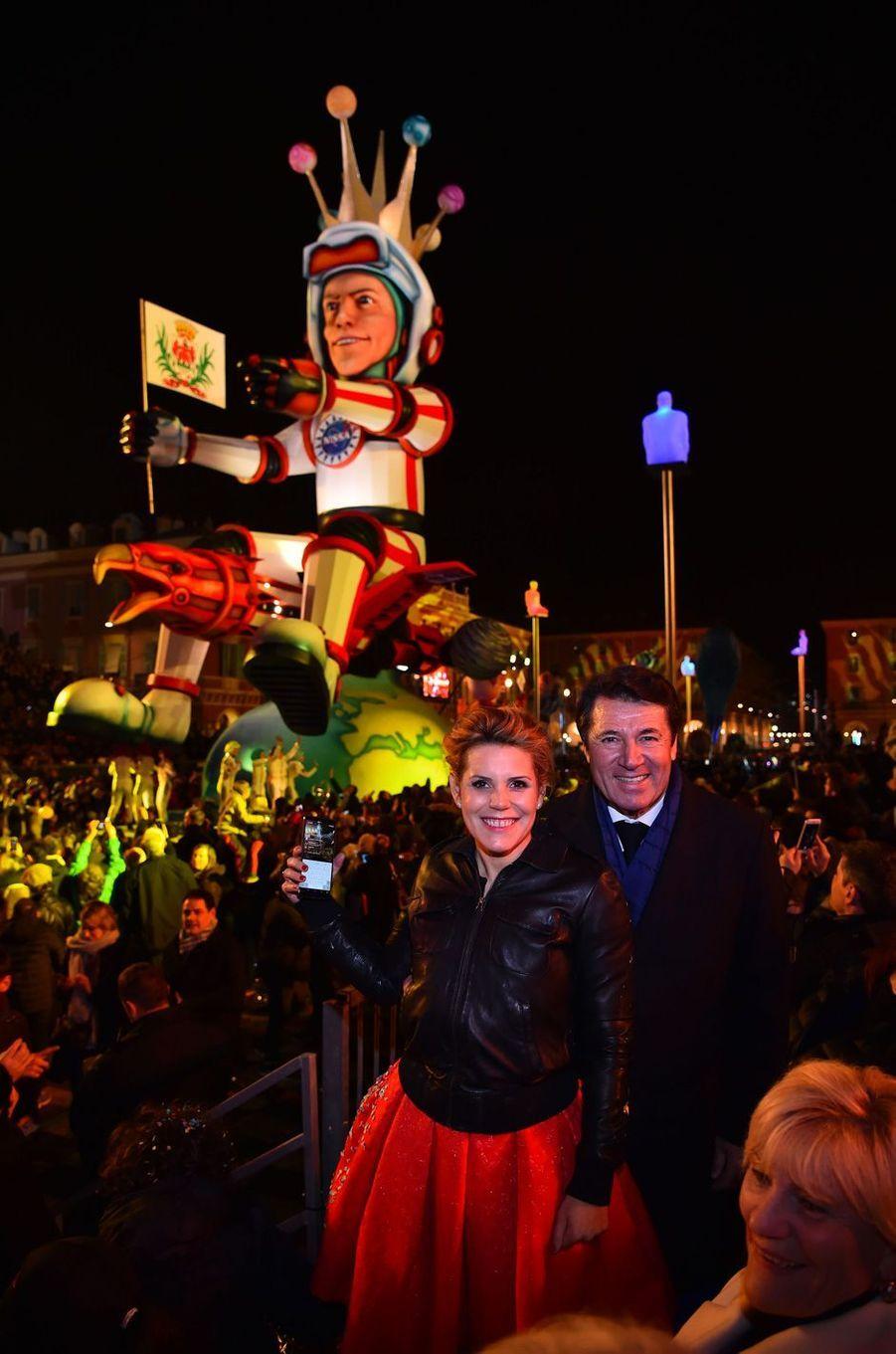 Christian Estrosi et son épouse Laura Tenoudji samedi soir au Carnaval de Nice.