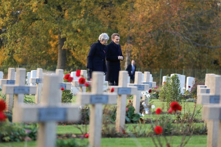 Au mémorial franco-britannique avec la Première ministre Theresa May. Thiepval (Somme), le 9 novembre.