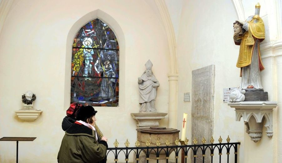 C'est dans cette église que la jeune femme qui mena la révolte contre les Anglais fut baptisée.