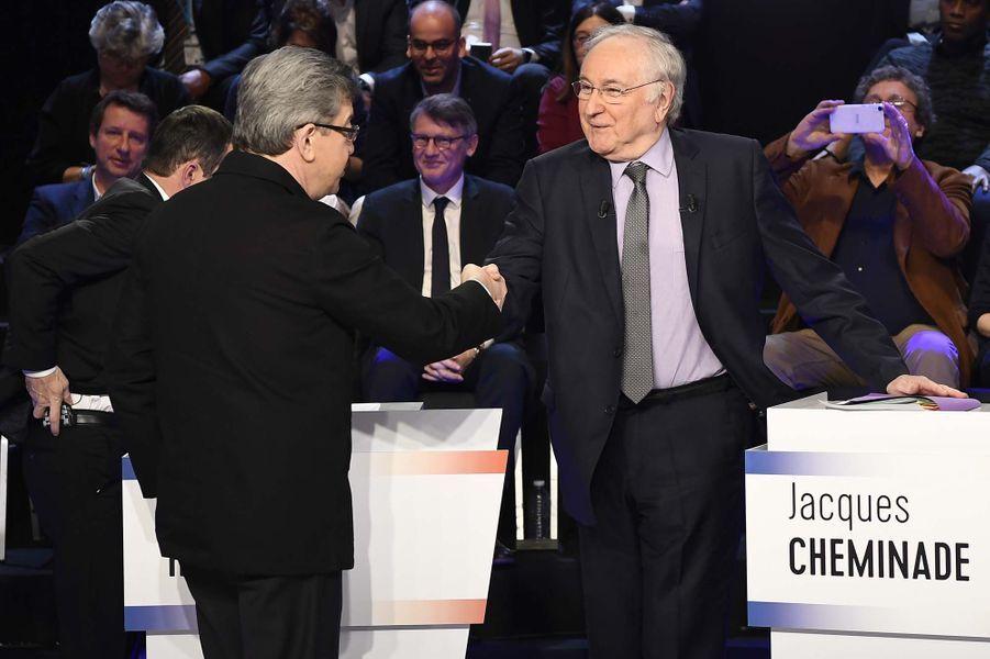 Jean-Luc Mélenchon serre la main à Jacques Cheminade.