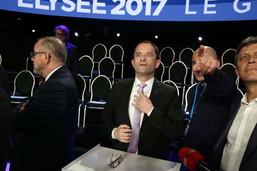Benoit Hamon avant le débat.