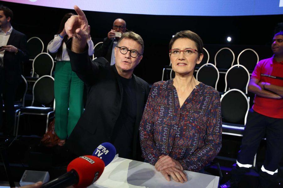 Nathalie Arthaud avant le débat.