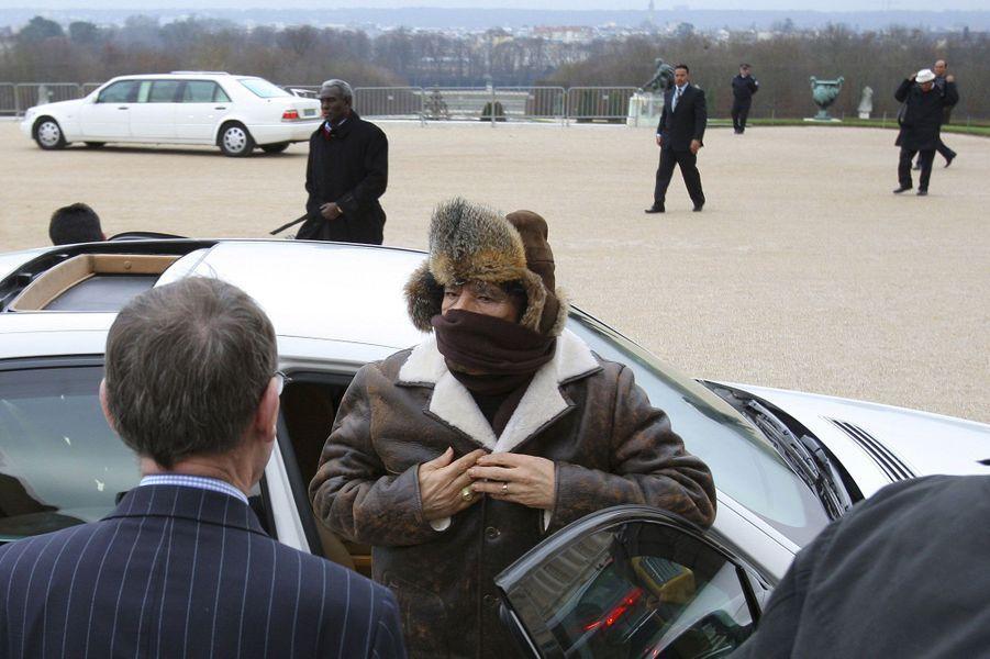 Arrivée de Mouammar Kadhafi à Versailles, le 14 décembre 2007.