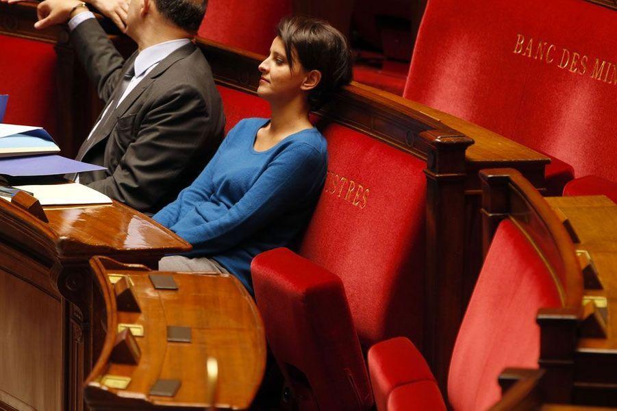 Si elle perd le porte-parolat du gouvernement, Najat Vallaud-Belkacem ajoute à son ministère des Droits des femmes la Ville, la Jeunesse et les Sports.