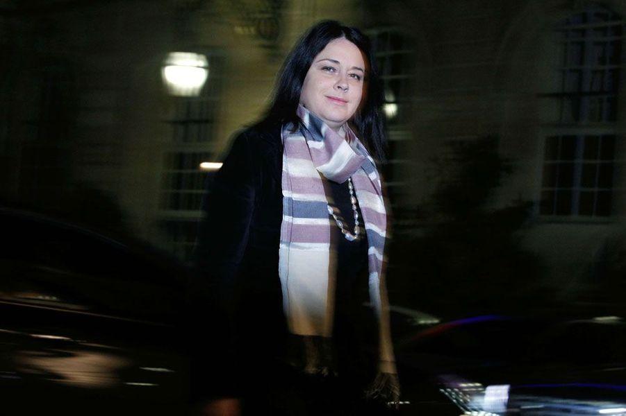 Belle promotion pour la seule représentante du Parti radical de gauche au gouvernement : Sylvia Pinel devient ministre du Logement, après avoir été ministre du Commerce.