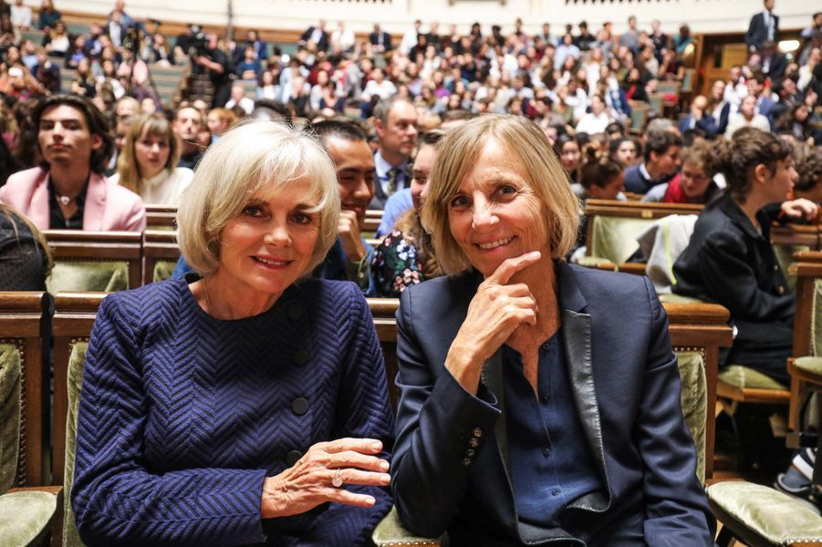 Elisabeth Guigou et Marielle de Sarnez avant le discours d'Emmanuel Macron à La Sorbonne.