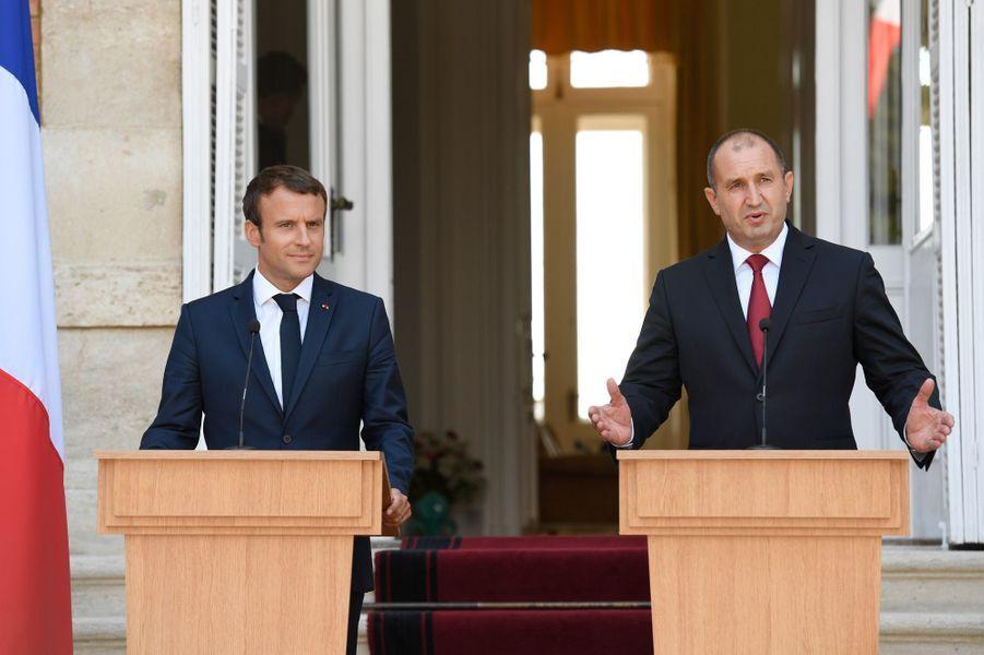 Conférence de presse conjointe entre Emmanuel Macron et son homologue bulgare Rouman Radev.