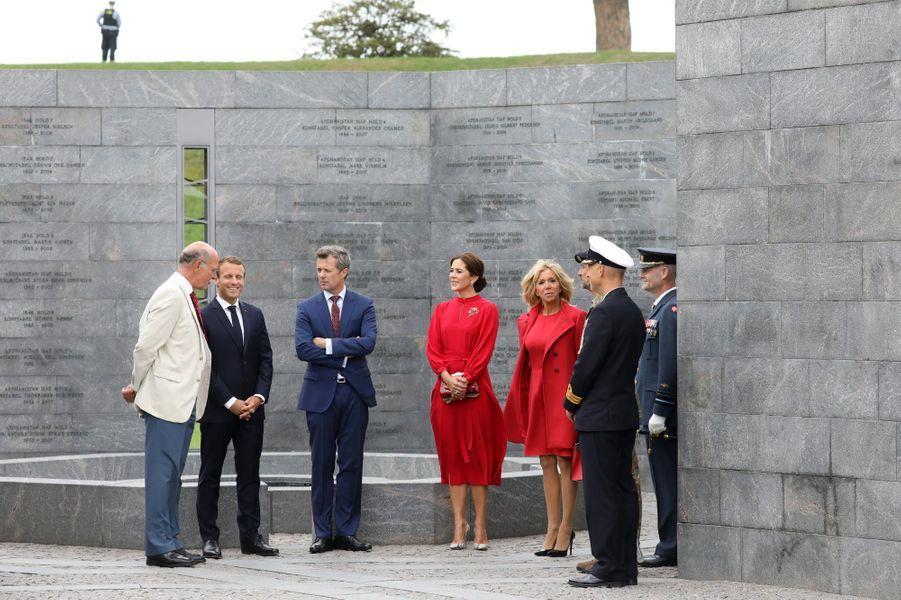 Emmanuel et Brigitte Macron à la Citadelle àCopenhague en compagnie du prince héritier Fredrik de Danemark et son épouse Mary.