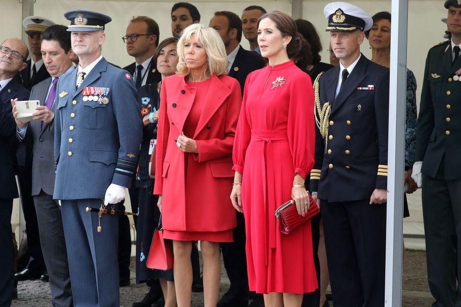 Brigitte Macron et la princesse Mary de Danemark, à la Citadelle àCopenhague.