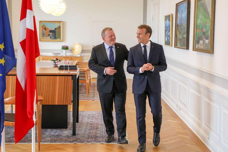 Emmanuel Macron reçu au château de Christiansborg à l'invitation du Premier ministre danois Lars Lokke Rasmussen.