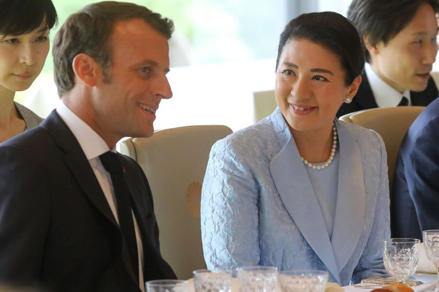 Emmanuel Macron etl'impératrice Masako.