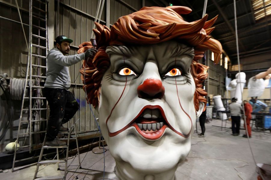 Donald Trump caricaturé en clown Pennywise.