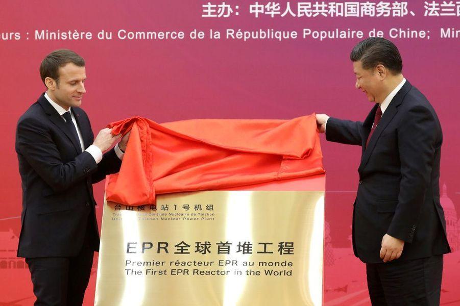 Emmanuel Macron et Xi Jinping mardi à Pékin.L'EPR doit être lancé pour la première fois en Chine dans six mois environ.