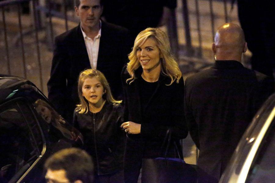 Laurence Auzière Jourdan, belle-fille d'Emmanuel Macron et fille de Brigitte Macron, dimanche soir près du QG du candidat.