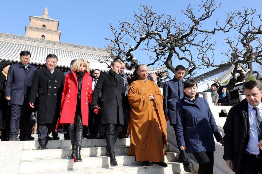 Le couple présidentiel visite la Grande Pagode de l'oie sauvage.