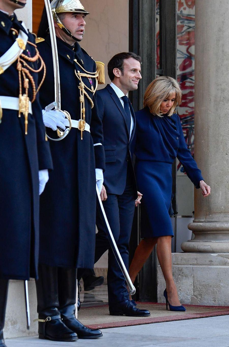 Emmanuel et Brigitte Macron vendredi à l'Elysée.