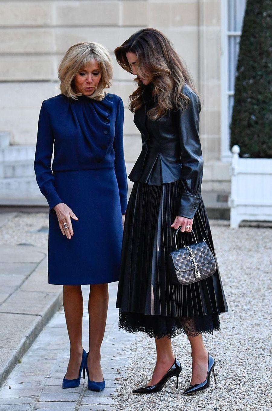 Brigitte Macron et la reine Rania de Jordanie, à l'Elysée vendredi.