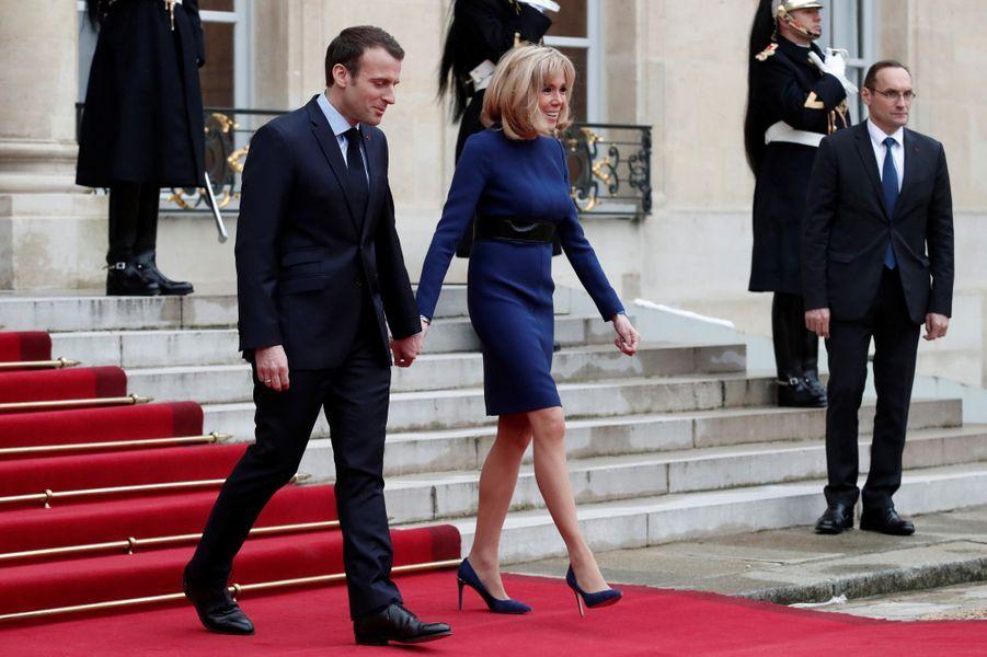 Emmanuel et Brigitte Macron lundià l'Elysée.