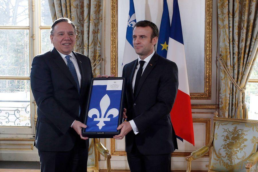 Emmanuel Macron à l'Elysée lundi avec François Legault,le nouveau Premier ministre du Québec.