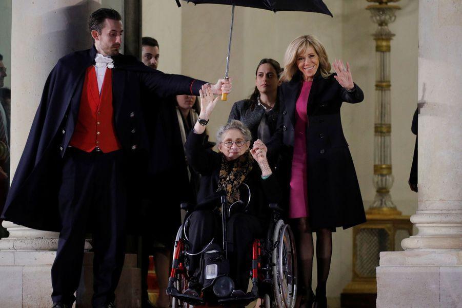 Brigitte Macron et NechamaRivlin.