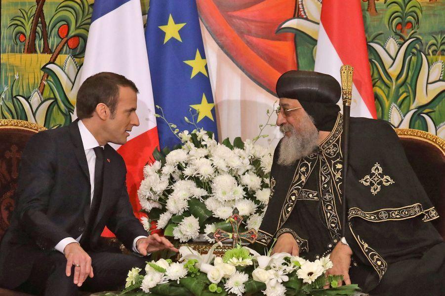 Emmanuel Macron etThéodore II, le pape copte d'Egypte.