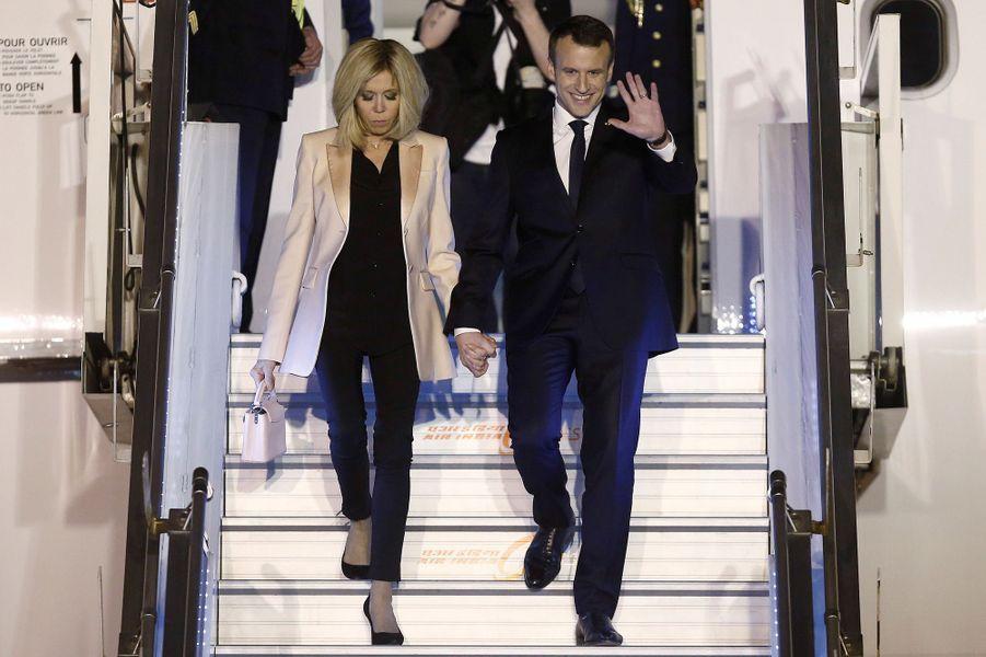 Arrivée en Inde de Brigitte et Emmanuel Macron.