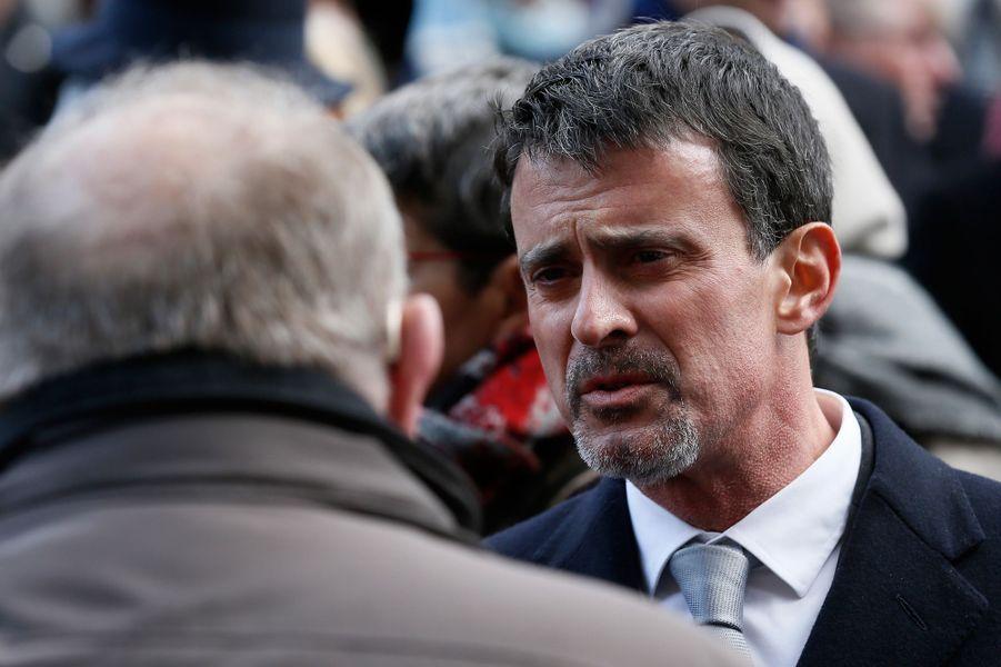 Manuel Valls lors de la cérémonie au Bataclan.