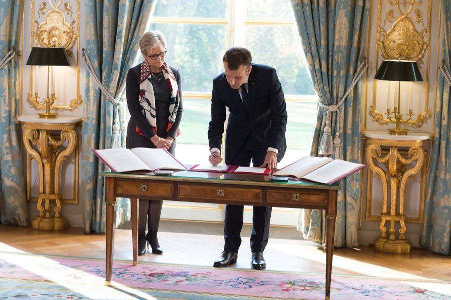 Ce lundi avait lieu à l'Elysée la prestation de serment de la magistrate Dominique Lottin qui fait son entrée au Conseil constitutionnel.