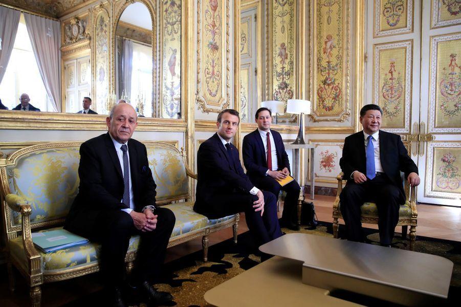 Jean-Yves Le Drian,Emmanuel Macron et Xi Jinping à l'Elysée.