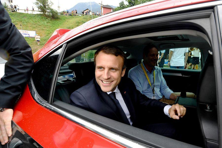 Emmanuel Macron lors dela 17ème étape du Tour de France