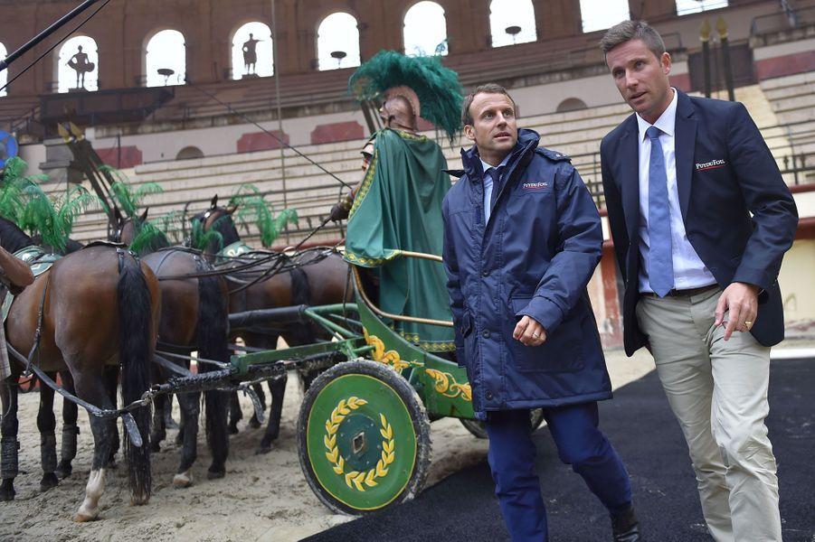 Emmanuel Macron et Nicolas de Villiers au Puy du Fou