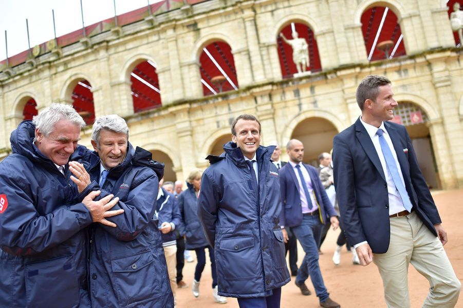 Philippe De Villiers, Emmanuel Macron et Nicolas de Villiers au Puy du Fou