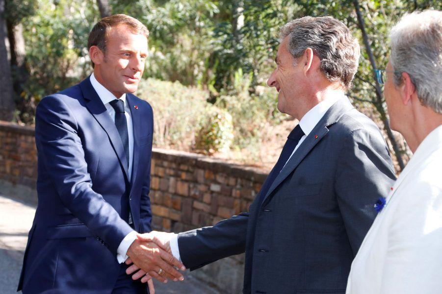 Emmanuel Macron et Nicolas Sarkozy à Boulouris-sur-Mer dans le Var.