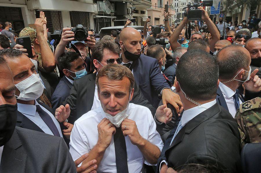 Emmanuel Macron dans le quartier dévasté de Gemmayze