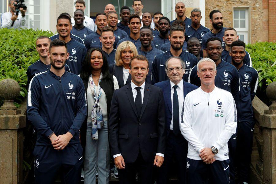 Photo avec l'ensemble de l'équipe de France