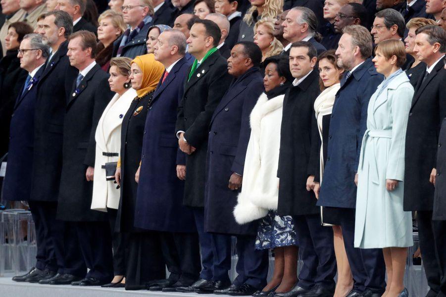 Les chefs d'Etat rassemblés à l'Arc de Triomphe.
