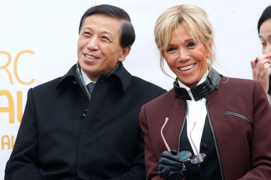 Brigitte Macron et levice-ministre des Affaires étrangères chinois Zhang Yesui.